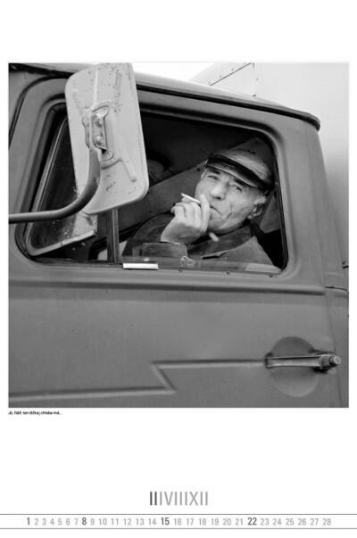 Jó, řidič ten těžkej chleba má...