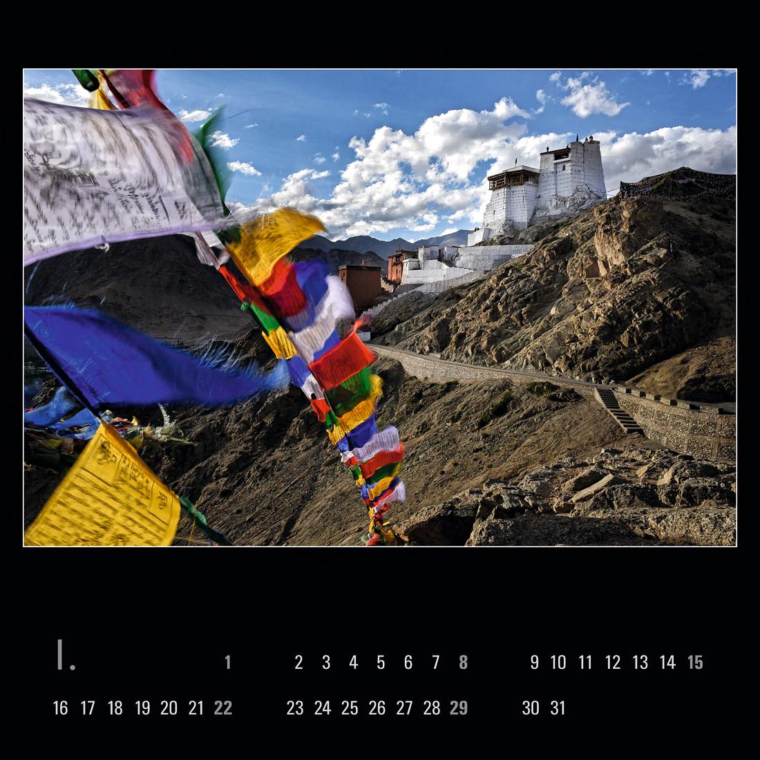 Nad královským palácem v Lehu se tyčí Tsemo Maitreya Temple.