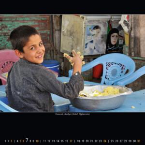 Pomocník v kuchyni (Kábul, Afghánistán)